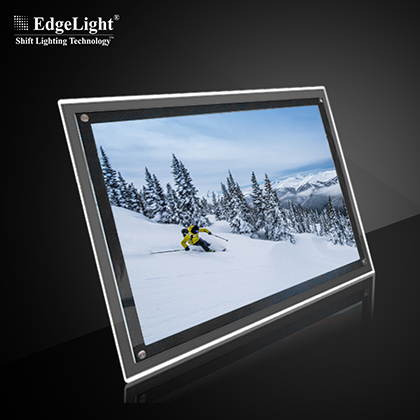 CF1A Crystal Light Box